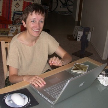 Florence with her new 15-inch PowerBook G4
